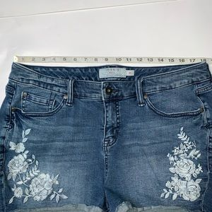 torrid Shorts - Torrid High Waist Floral Embroidered Jean Shorts